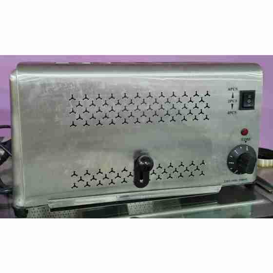 Toaster 6 fette in acciaio inox 220 V / 2.5 kw usato